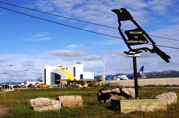 Norman Wells Airport, Norman Wells, Sahtu Region