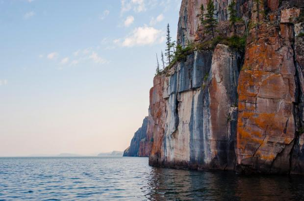 Cliffs, Great Slave Lake (East Arm), North Slave Region